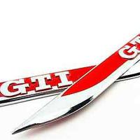 Golf-7-fender-badge-RedT